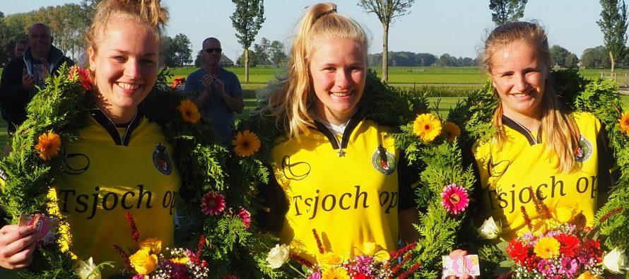 Partuur Roelie Kroondijk wint in Poppenwier eerste klasse vrije formatie wedstrijd